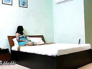 Indian Mona Bhabhi Kidding Room Server Washing Boy