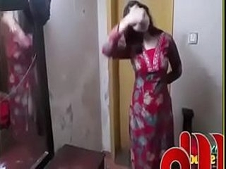 Beautiful  Pakistani Girl changing dress thither room - YouTube (360p)