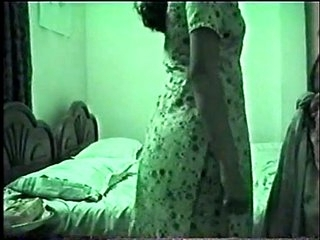 newly married hot pakistani couple screwing not far from hotel